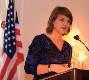 Slovak Scholar Andrea Tittelova speaks at awards dinner