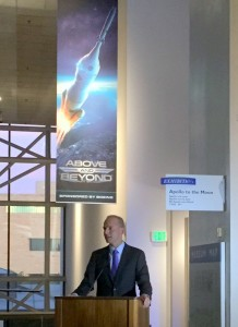 Boeing CEO DennisMuilenburg at Smithsonian
