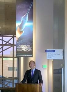 Boeing CEO DennisMuilenburg at Smithsonian