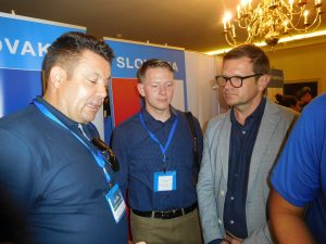 Amb. Kmec confers with Team Slovakia